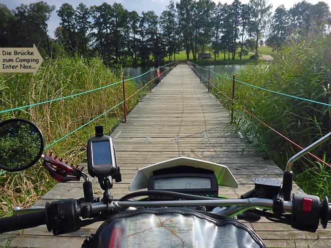 Camping Inter nos Schulzewerder Campinginsel Pontonbrücke Motorrad