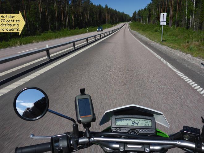 Schweden dreispurige Landstraße