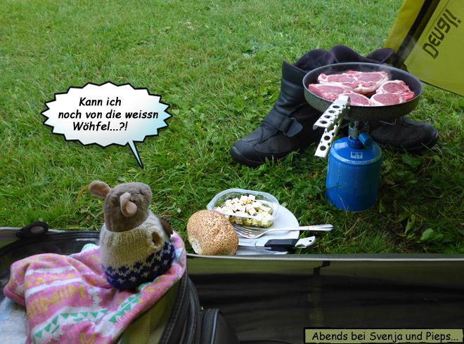 Lammkoteletts braten am Zelt