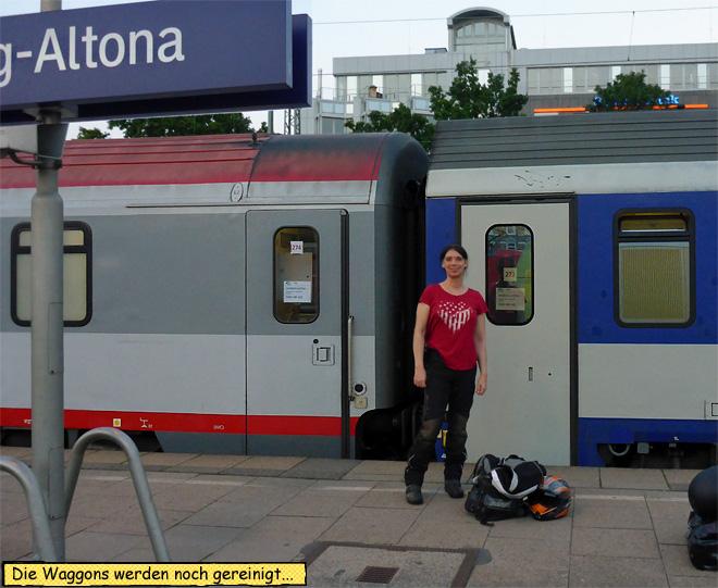 Hamburg Altona Motorrad Autozug Liegewagen