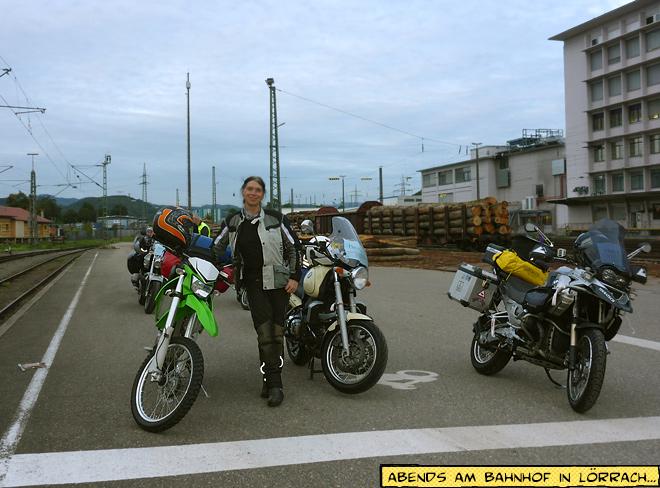 Lörrach Autozug Bahnhof Motorräder