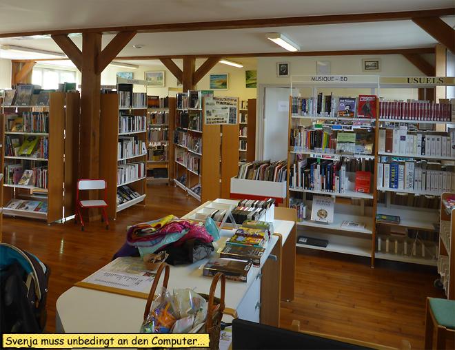 Mediatheque Piney Frankreich Bücherei