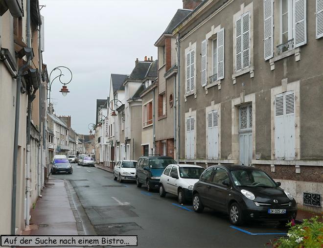 Gien Frankreich Gasse Autos