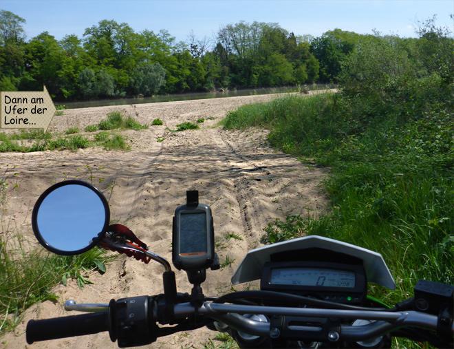 Ufer Loire Sand Motorrad