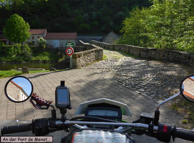 Pont de Menat Moto