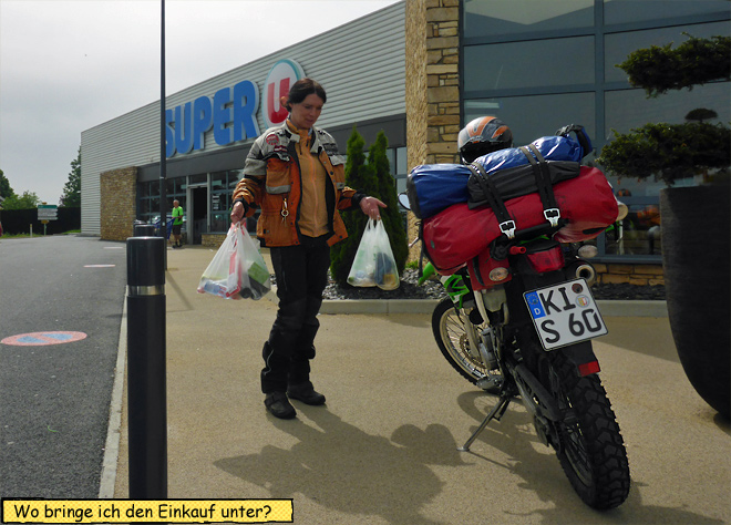 Einkauf Motorrad verstauen
