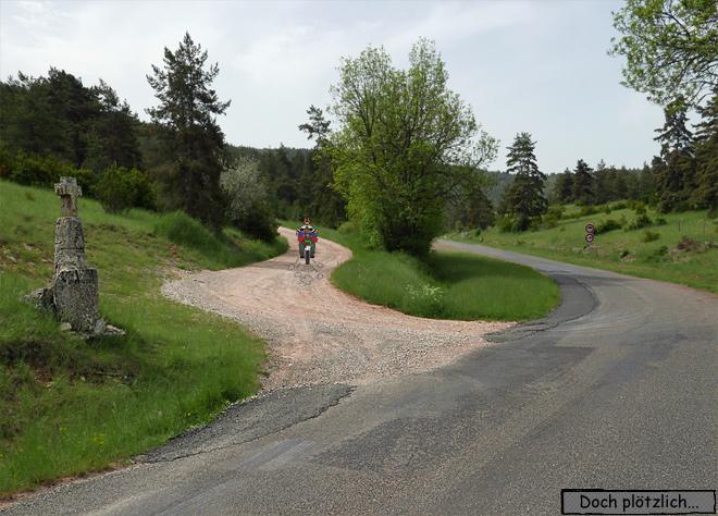 Motorrad Schotterpiste Feldweg