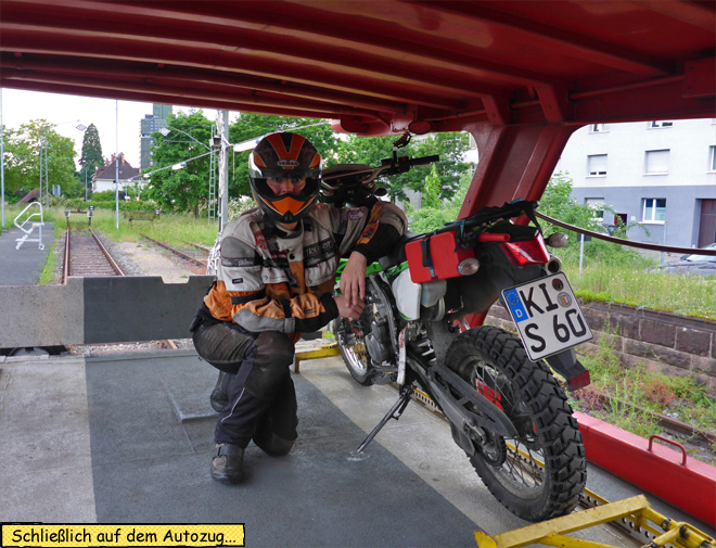 Motorrad Autozug Höhe
