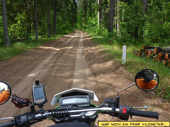 Sandweg mit dem Motorrad