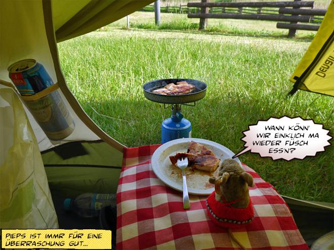 Picknick im Zelt mit Bratpfanne