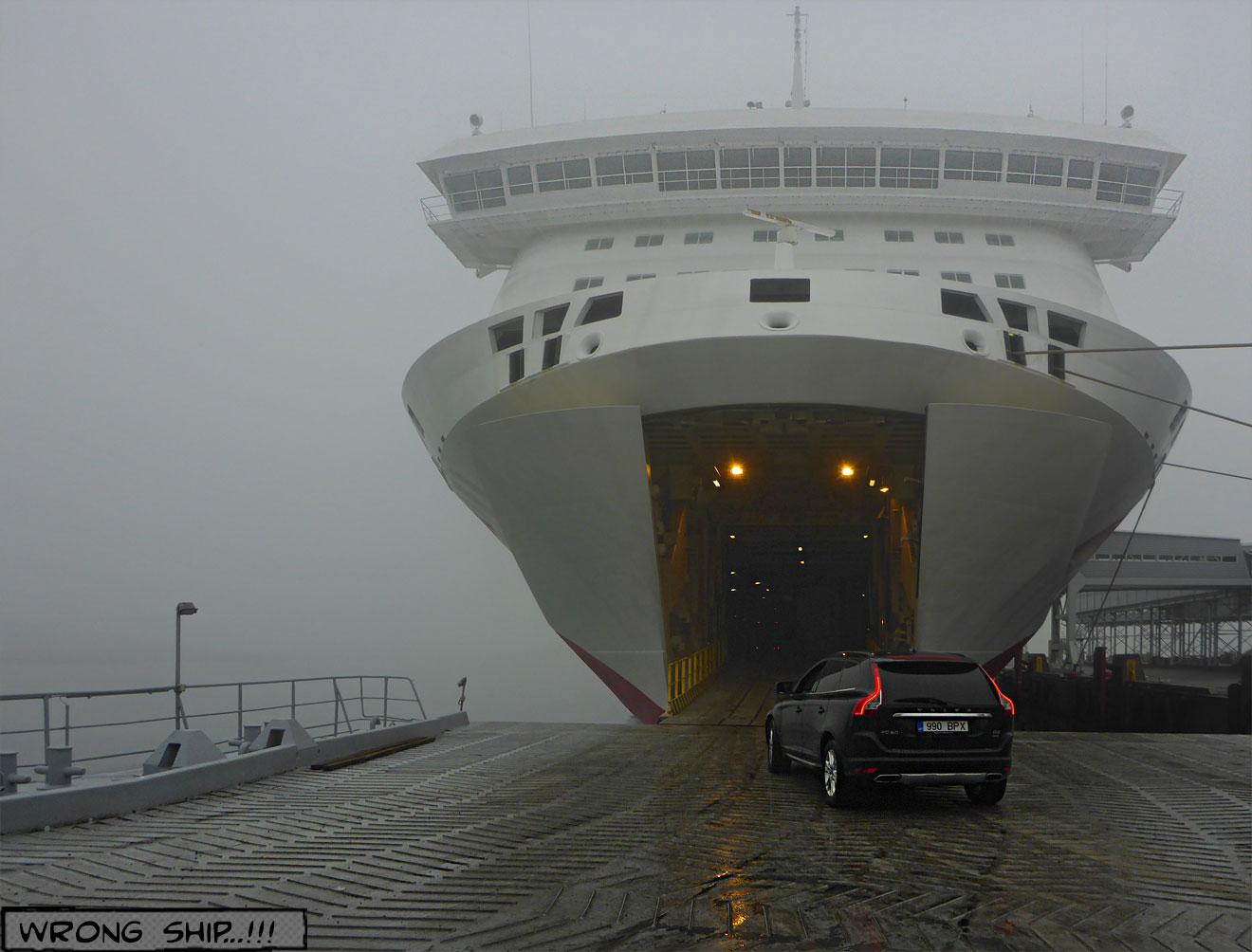 Fährschiff offener Bug