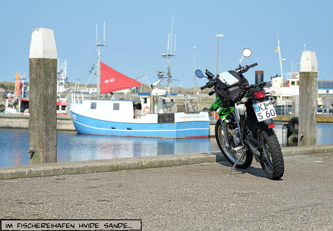 Motorrad am Kai