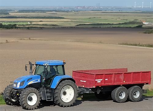 Traktor mit Hänger