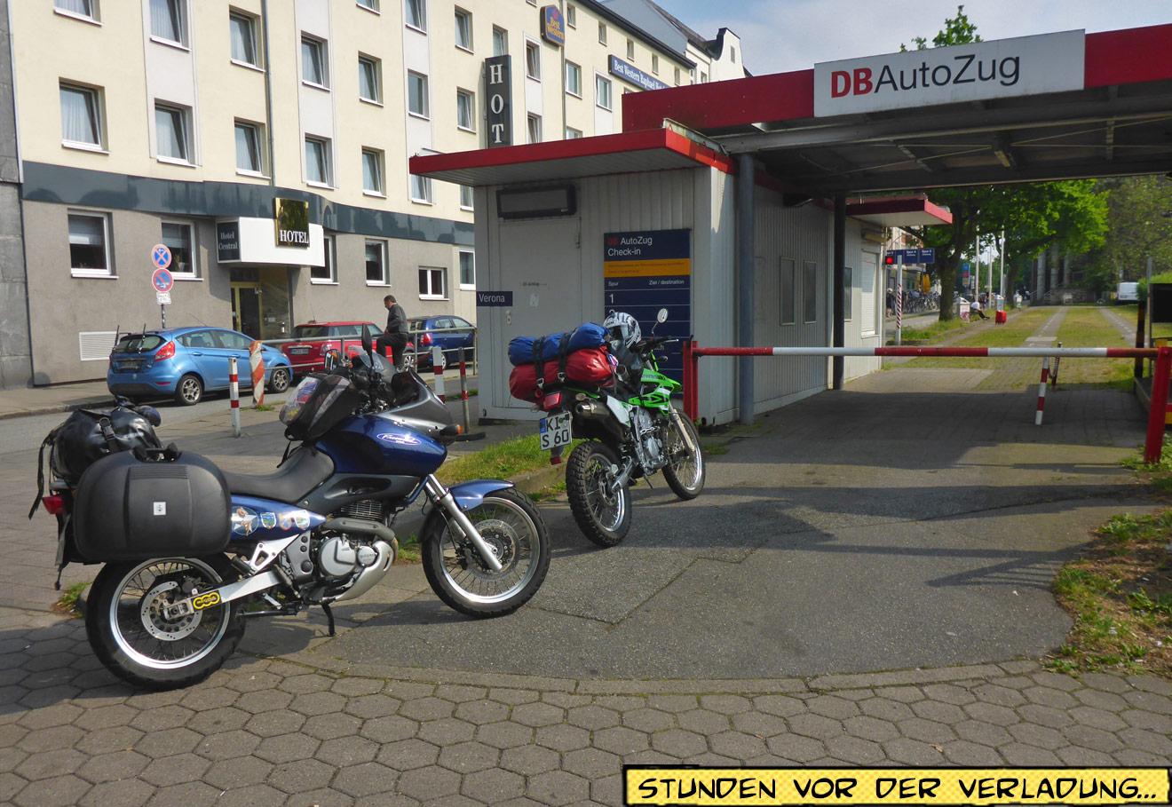 Autozug Check-In Hamburg Altona