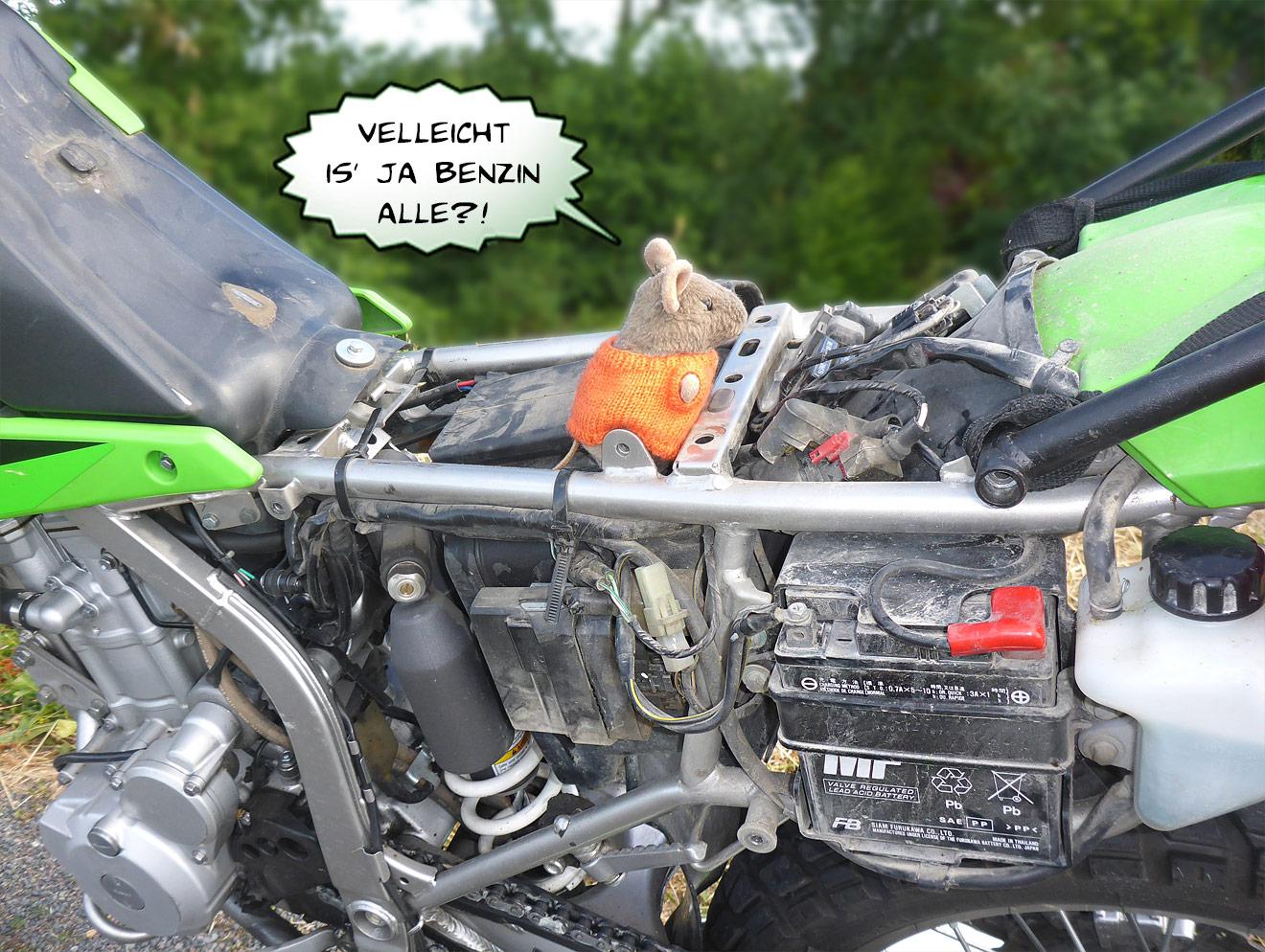 Pannenhelfer am Motorrad
