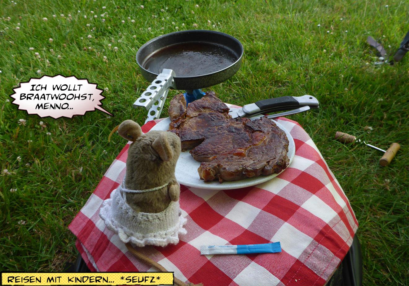 Picknick mit Entrecote vorm Zelt