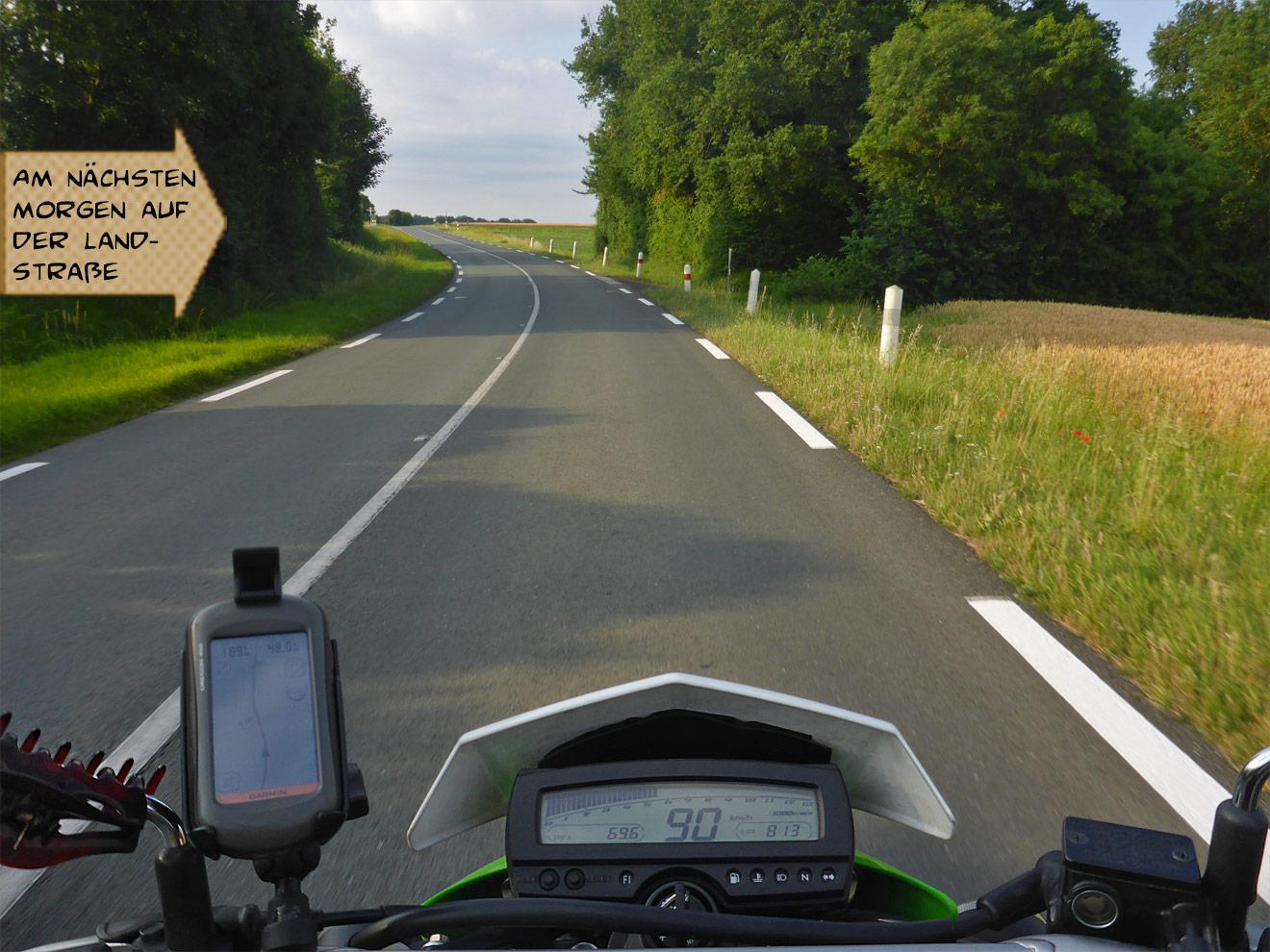 Motorrad auf der Landstraße