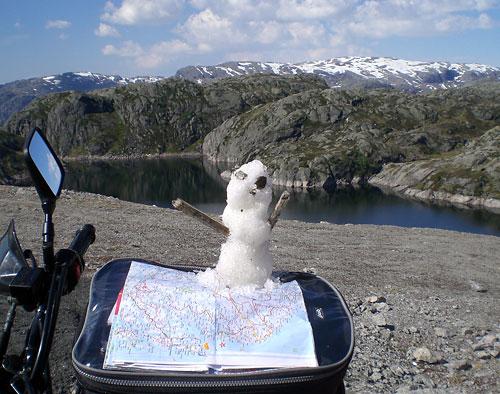 Lysebotn Lysefjord ein Schneemann