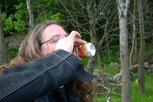 Bier Notschlachtung auf offener Strasse