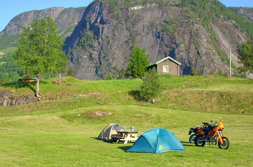Valle Camping an der Strasse Nr. 9