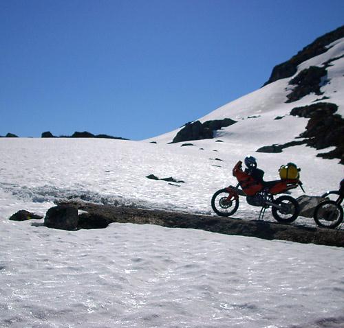 Endstation an einer Schneewehe