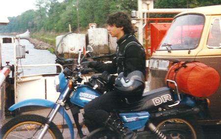 Svenduro auf Suzuki DR500S