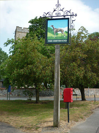 Wunderschönes Pub-Schild in England - The Greyhound
