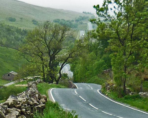 Kurvenstrecke bei Hawes Yorkshire Dales