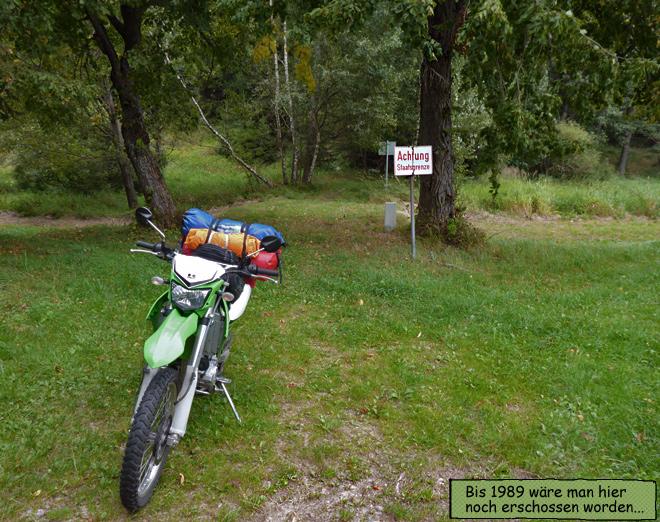 Staatsgrenze Tschechien Österreich Schild Wald