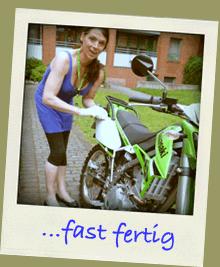 Weibliche Motorradschrauber
