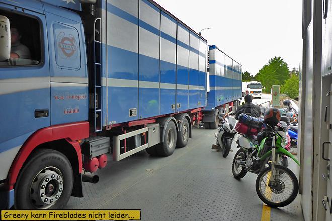 Fähre Motorräder