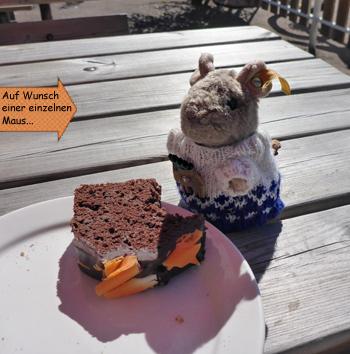 Pieps Maus isst Kuchen