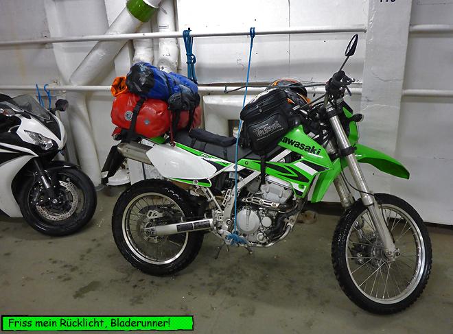 Motorrad auf der Fähre