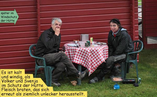 Campingtisch Fleisch braten frieren in Schweden