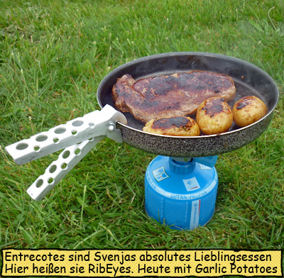 Entrecote und Kartoffeln braten
