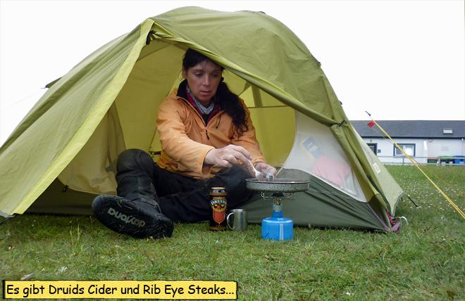 Braten im Zelt