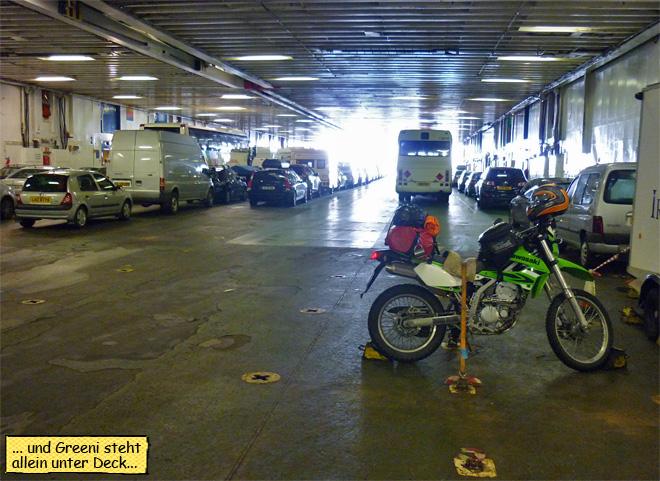Motorrad unter Deck Fähre