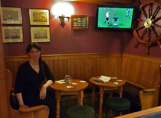 Svenja und Pieps im Pub