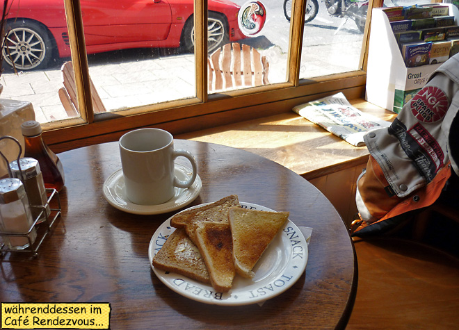Toast und Kaffee