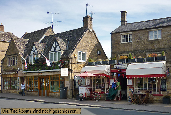 Bourton-on-the-Water High Street